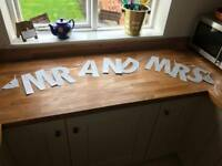 Wedding Mr and Mrs glitter sign