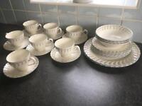 Johnson Brothers dinner & tea set