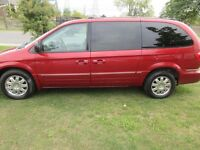 2005 Chrysler Town & Country Limitée