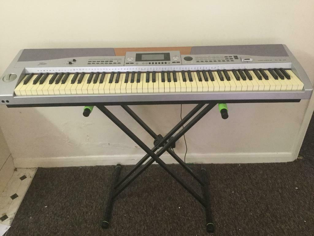 Fame Stage SP3 hammer action full size 88 key electric keyboard piano | in  Kilburn, London | Gumtree