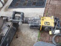 Kango 900 Industrial concrete /breaker
