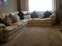 PRICE JUST LOWERED FOR QUICK SALE!!!! Lovely large cream corner leather sofa