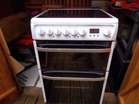 BRAND NEW HOTPOINT DSC60P Electric Ceramic Cooker £250 NEW £549