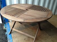 VICTORIA WOODEN 4 - SEATER TABLE