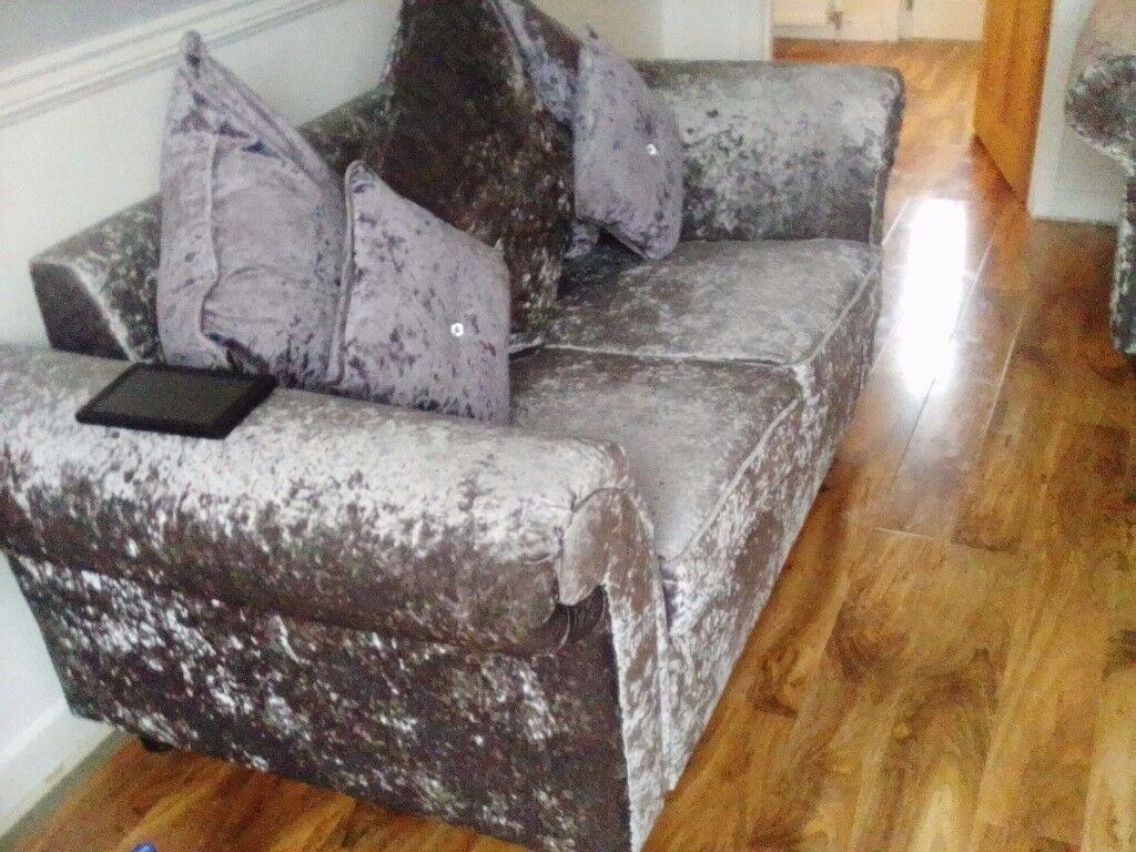 Cashmere crush velvet sofas can deliver