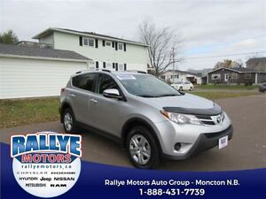 2015 Toyota RAV4 LE! AWD! Back-Up! Heated! ONLY 22K!