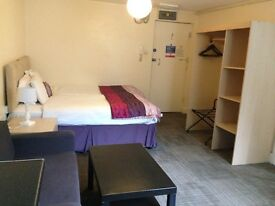 Short term 3month minimum contracts fully furnished Studios Available Now for students