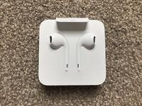 Apple earphones with lightening connector (100% genuine and original)