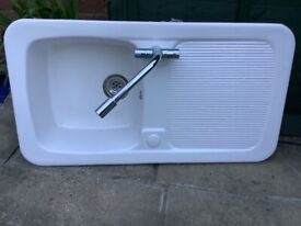 White porcelain sink for sale used
