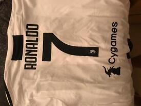 Ronaldo Juventus shirt!