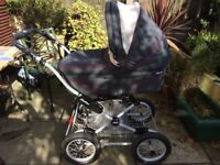 Chicco Pram which coverts to a buggy