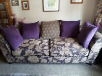 Lovely 3-4 seater DFS sofa in excellant condition, collection only