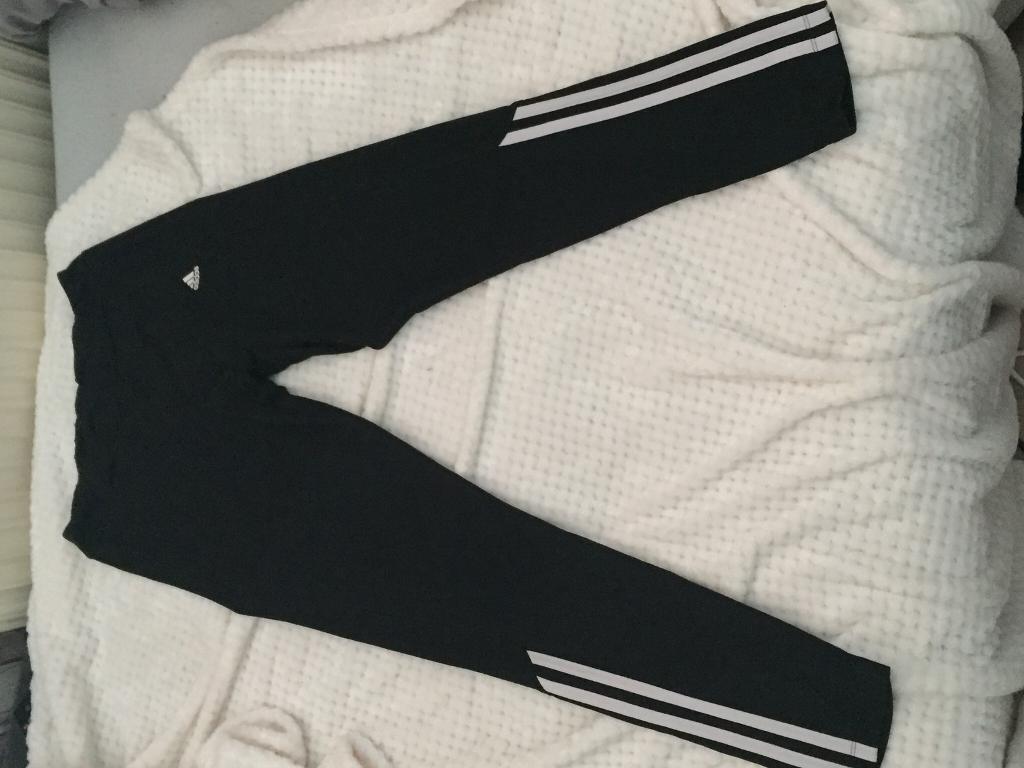Size 8-10 Adidas leggings