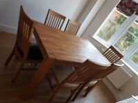 Dining table with leaf extension and 6 chairs
