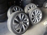 "set of 22"" AUDI Q7 ALLOYS IN EXCELLENT COND NO KERBING WITH GUD 285 35 22 TYRES £450ono"