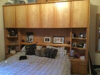 Bedroom unit solid light oak