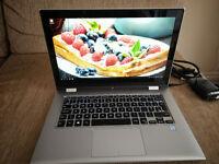 Dell Inspiron 7359 2-in-1 Touchscreen Ultrabook Intel Core i5-6200U 8 GB RAM 256 GB SSD Windows 10