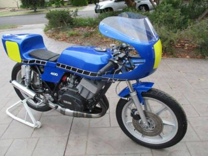 Yamaha RD400 motorcycle Period 5