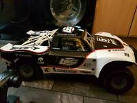 Losi 5ive t rc car with brand new 29cc engine. baja