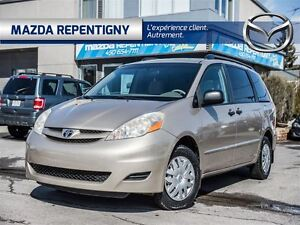 2006 Toyota Sienna CE 8 PASSAGER** CONDITION IMPECCABLE**