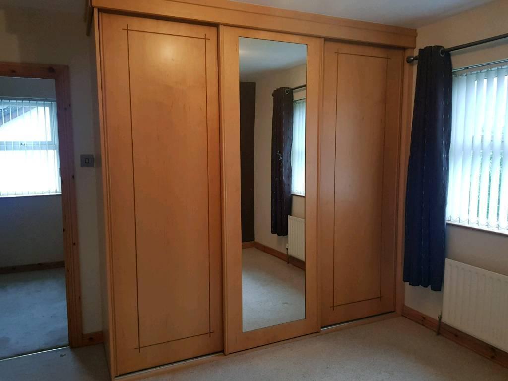 huge selection of 2acd4 94939 Built in Mirrored sliderobe 8ft x 2.5 foot | in Ballymoney, County Antrim |  Gumtree