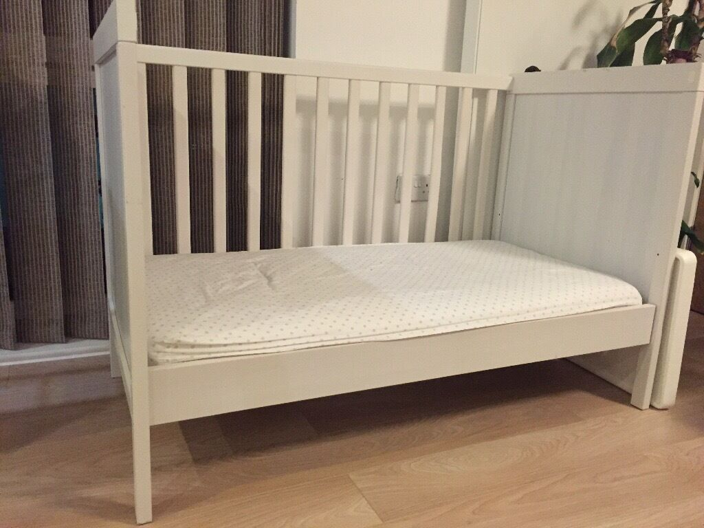 Baby toddler bed cot ikea sundvik excellent condition