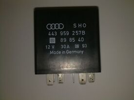 Audi Electric Window Control Unit 287 (443 959 257 B)