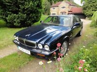 Jaguar V8 XJ SERIES AUTO - 8 months MOT - Excellent condition
