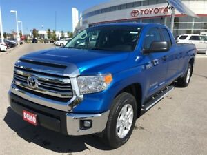 2017 Toyota Tundra SR5 Plus - Rare Long Box, Toyota Canada Demo!
