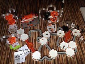 Hex Bug Nano Massive bundle - 14 bugs, 4 sets plus extra pieces - Perfect condition