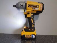 DeWALT DCF899 18V LI-ION XRP BRUSHLESS IMPACT WRENCH + 1x5ah BLUETOOTH battery Only makita