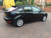 2011 (11), Ford Focus 1.6 Titanium Black Hatchback 5dr £4995 ono