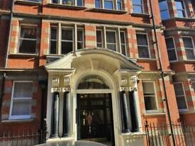 3 bedroom flat in Clarence Gate Gardens, Glentworth Street NW1
