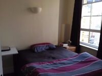 Great Double Room in Spacious Flat in Bayswater Near Hydepark