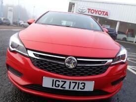 Vauxhall Astra ENERGY CDTI (red) 2017-11-30