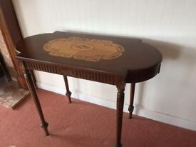 Mahogany side table with marquetry detail on top