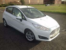 ** Ford Fiesta Zetec 2013 - Serviced Oct '16!! Private Plate. Excellent Condition **