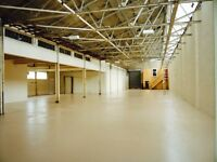 9750 SQUARE FEET LARGE INDUSTRIAL UNIT/ STORAGE WAREHOUSE AVAILABLE IN OCTOBER ! HILLINGTON PARK