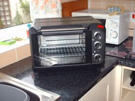 SILVERCREST MINI OVEN/GRILL SUITABLE FOR MOTOR HOMES, CARAVANS, STUDENTS ACCOMMODATION & BEDSITS