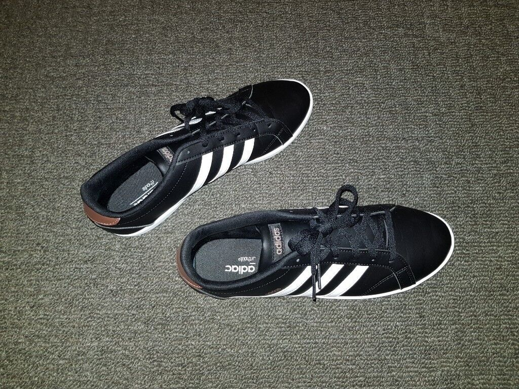 2 SAME PAIRS OF WOMENS ADIDAS BLACK TRAINERS CONEO QT SIZE 8(42) - £30 EACH 7d475fbf61