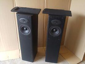 2 x Celestion F2 speakers