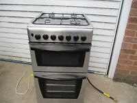 Gas cooker.2 yr old Indesit 50cm wide gas cooker still in mint condition