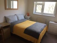 Room to rent in Bermondsey (London Bridge/Southwark area), gay flatshare, clean and cosy flat