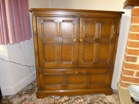Ercol Old Colonial TV Cabinet