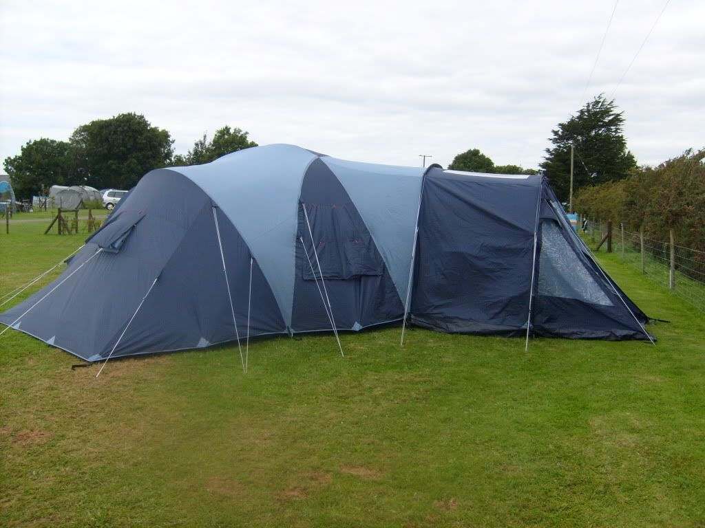 Vango Diablo 600 6 Man Tent In Deeping St James