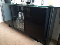 Sideboard glass and black