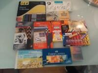 joblot of items for art and painting; see photos