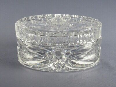 Vintage Box Oval in Thick Crystal Engraved Period Xx Century