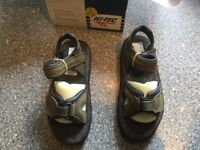 HI-TECH lady tamboura olive/Black size 6 walking sandals. BRAND NEW IN BOX. FOR CHARITY FUNDS.