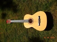Córdoba Classic Pre-Owned Guitar- Rarely Used- FOR SALE